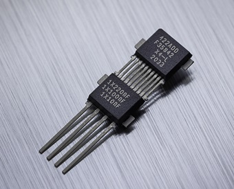 MLX90422 - Triaxis® mainstream rotary & linear position sensor (SENT)